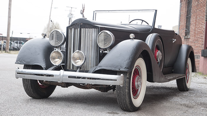1934 Packard on Backroad Gold