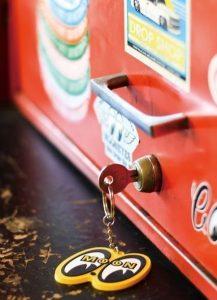 Keychain Mooneyes Yellow-0